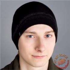 Черная шапка Iron Fist