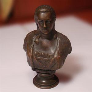 Бюст Елизаветы I