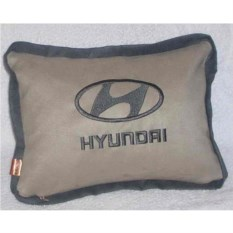 Бежевая подушка с кантом Hyundai