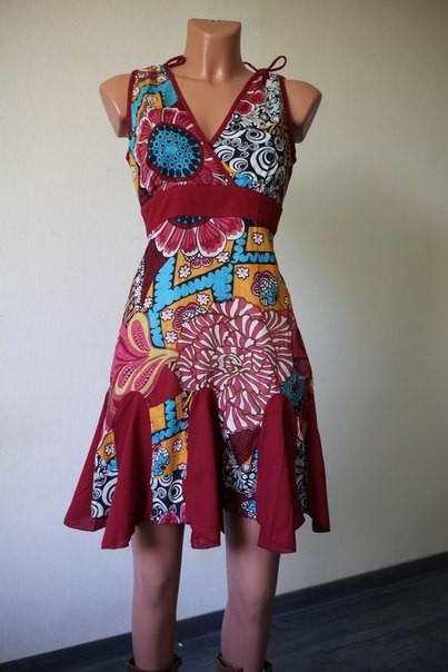 Малиновое женское платье