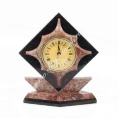 Часы из креноида и змеевика Звезда