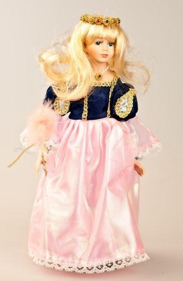 Фарфоровая кукла Принцесса лебедь