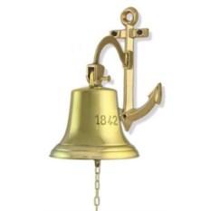 Корабельный колокол на кронштейне