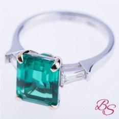 Золотое кольцо с изумрудом Nice Emerald (4 карата)