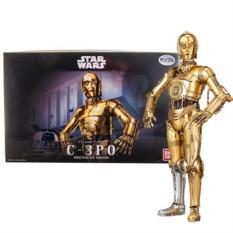 Сборная модель C-3PO масштаба 1:12 от Star Wars Bandai