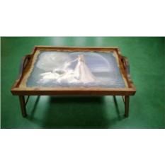 Столик для завтрака в постель с ручками Лебединая верность