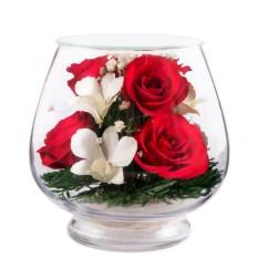 Цветы в стекле Композиция из красных роз и орхидей
