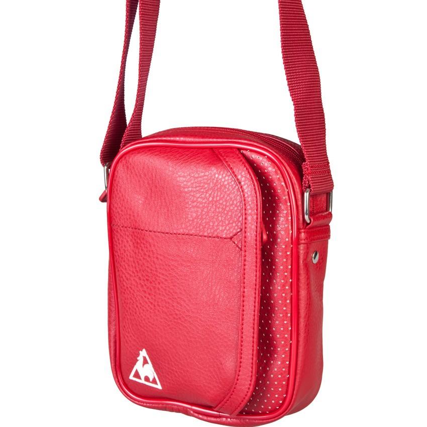 Сумка Essential Small Item Bag