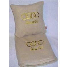Бежевый плед с золотой вышивкой Audi
