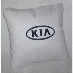 Белая подушка с черной вышивкой Kia