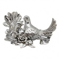 Скульптура Пара голубей с розами
