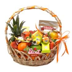 Подарочная корзина с фруктами Весенний фреш
