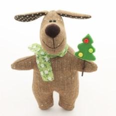 Игрушка ручной работы Собака с елочкой - символ года 2018