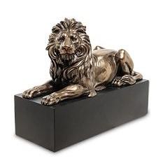 Декоративная статуэтка Лев