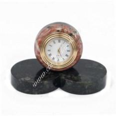 Часы из креноида Шайба