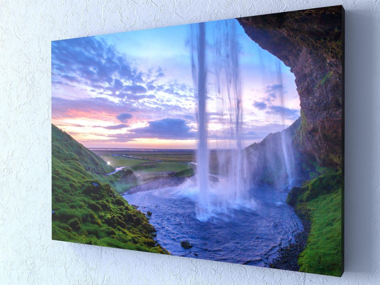 Фотокартина Водопад с обрыва