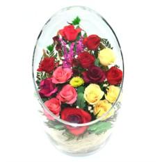 Цветы в стекле: Композиция из натуральных роз