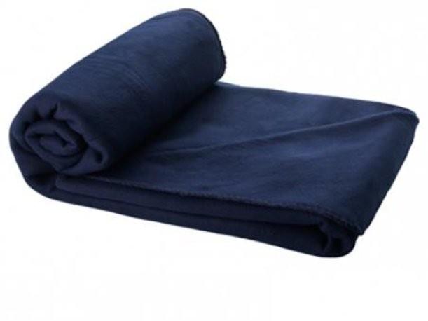 Темно-синий плед в чехле