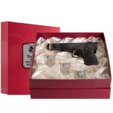 Набор штоф-пистолет и 3 рюмок Настоящий мужчина