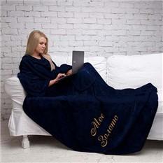 Тёмно-синий плед Элитный с рукавами и именной вышивкой