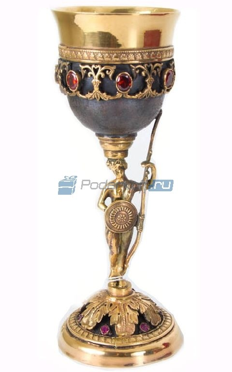 Кубок с позолотой Стражница