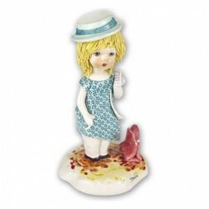 Коллекционная фарфоровая статуэтка Девушка в городе