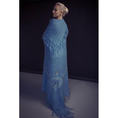 Голубой Платок/Плед с вышивкой Царские узоры