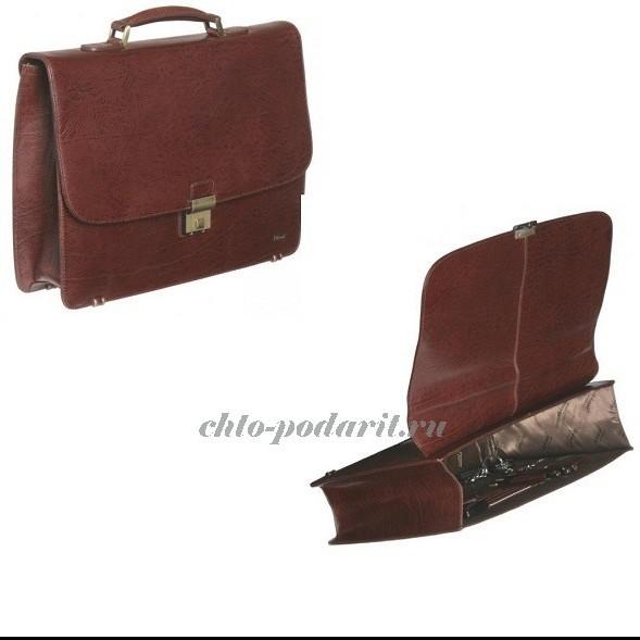 Кожаный портфель цвета красного дерева