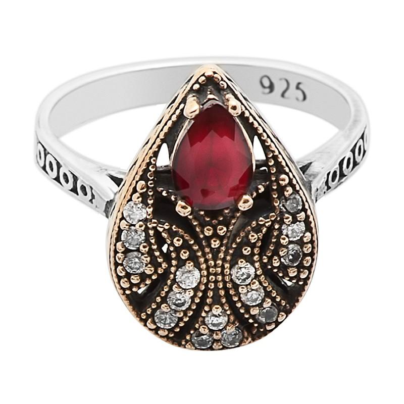 Перстень с цирконами и рубинами