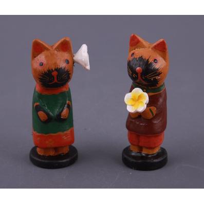 Фигурка «Кошки влюблённые с цветком»