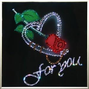 Картина из кристаллов Swarovski Роза любви