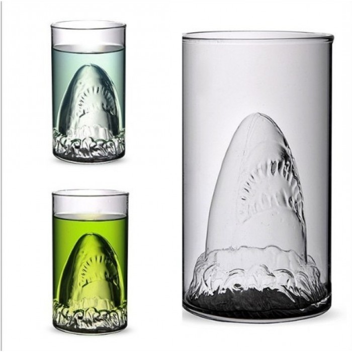 Необычный стакан Акула