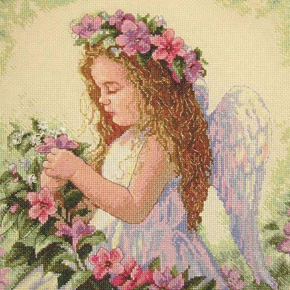 Вышивка Цветочный ангел