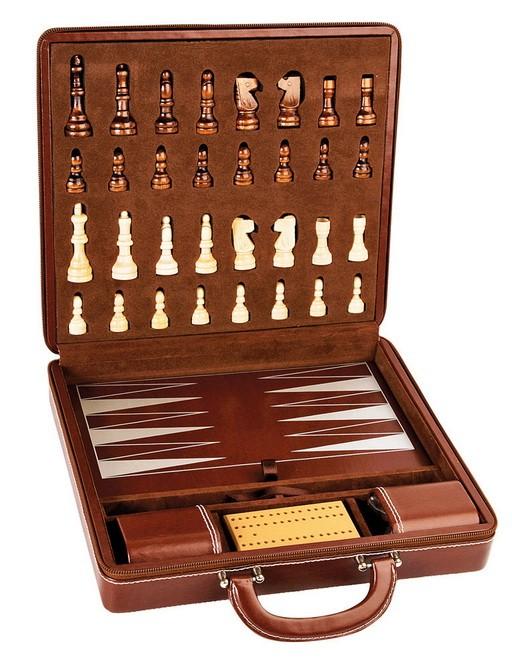 Игровой набор в кожаном кейсе: шахматы, нарды, криббэдж, кости