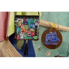 Черная сумка-планшет Сказочные домики Elole Design