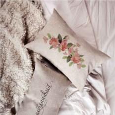 Прямоугольная подушка Счастливая серия