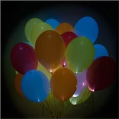 Букет из шаров с мигающими разноцветными светодиодами