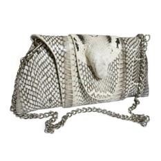 Женская сумочка-клатч, из кожи кобры с головой