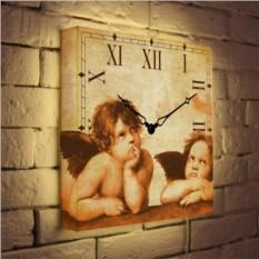 Настенные часы с подсветкой «Ангелы»
