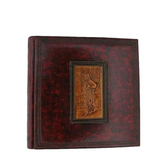 Florentia. Кожаный фотоальбом Данте Алигиери