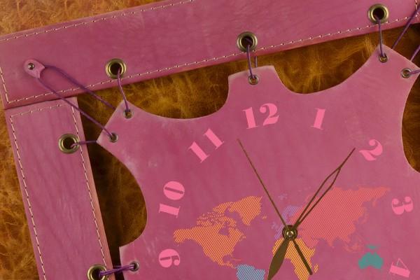 Часы из кожи Карта мира