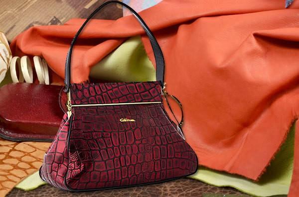 Красная кожаная сумка из коллекции Giorgio Ferretti