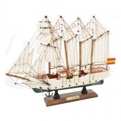 Модель корабля Элькано