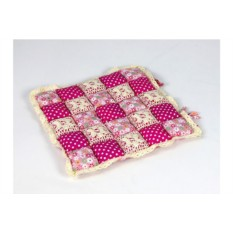 Розовая подушка-сидушка Patchwork