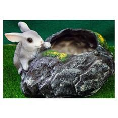 Кашпо «Заяц у камня»