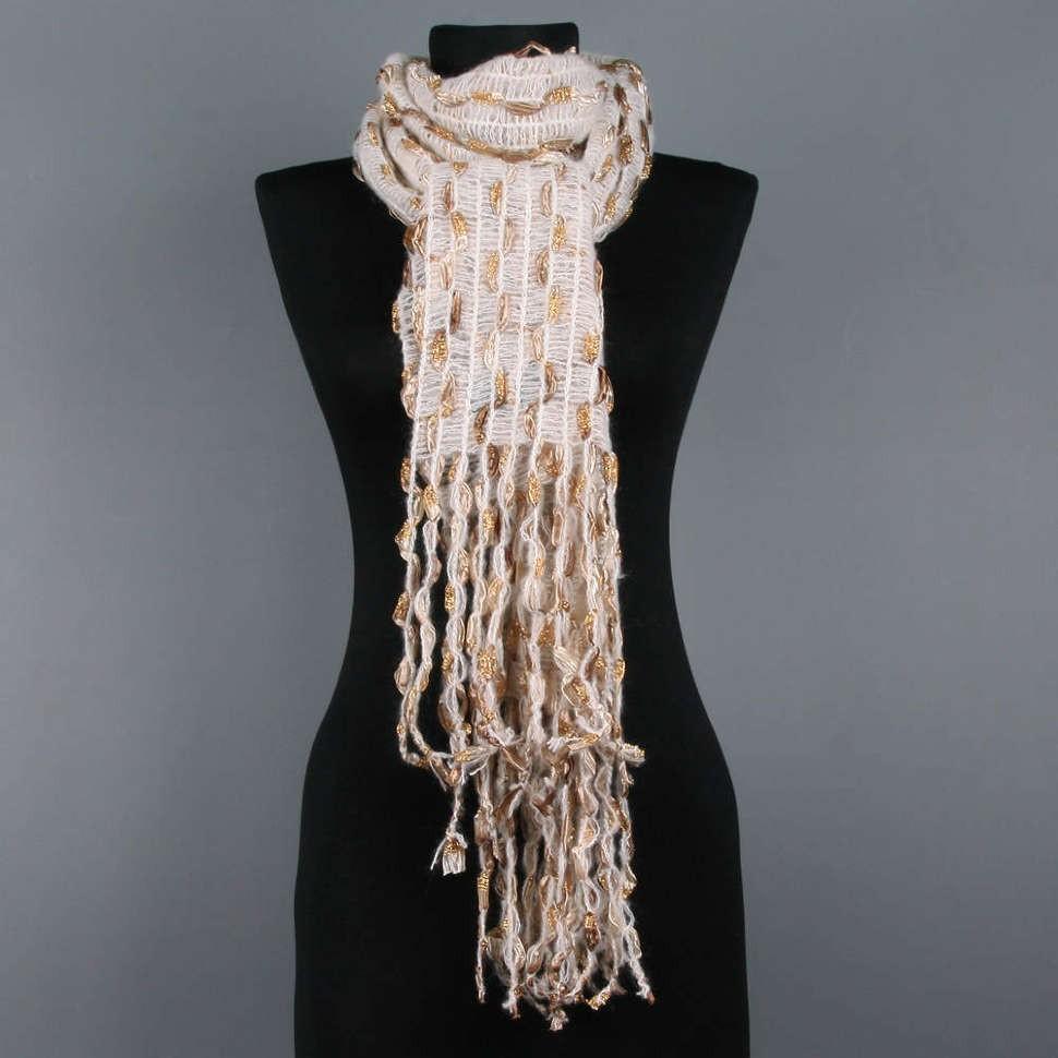 Бежевый женский шарф