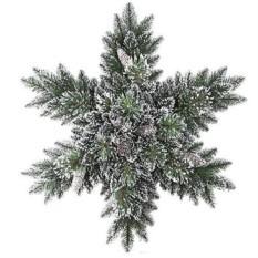 Хвойная композиция с шишками, ягодами Снежинка. Сияние гор