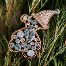 Брошь «Мишка в колпаке» с голубыми кристаллами Swarovski