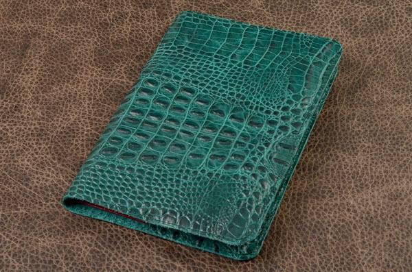Зеленый ежедневник из кожи крокодила