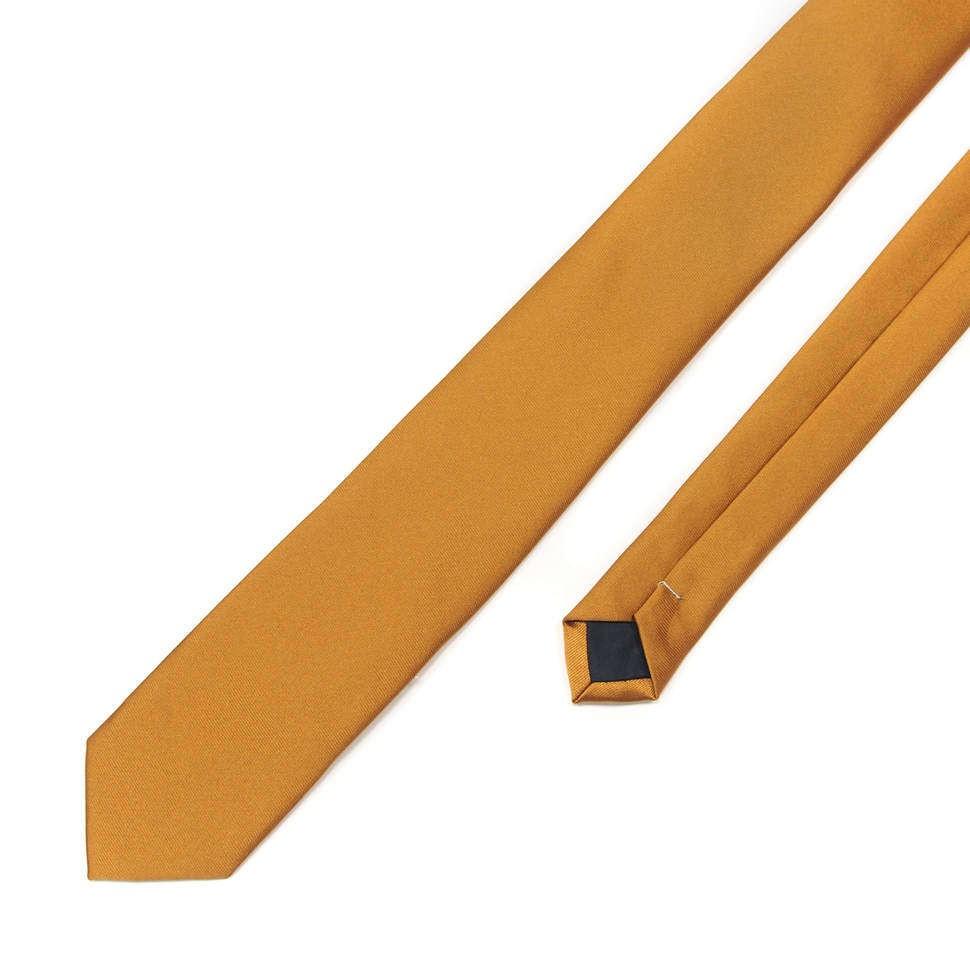 Тонкий галстук с золотистым оттенком